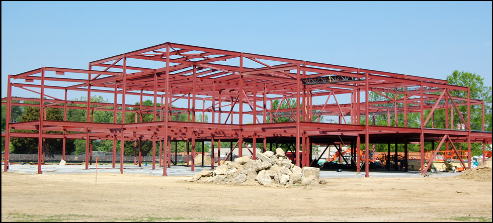 Army Corps of Engineers: Phase 1 construction of multi-phase Advanced Training Technology Support Facility.